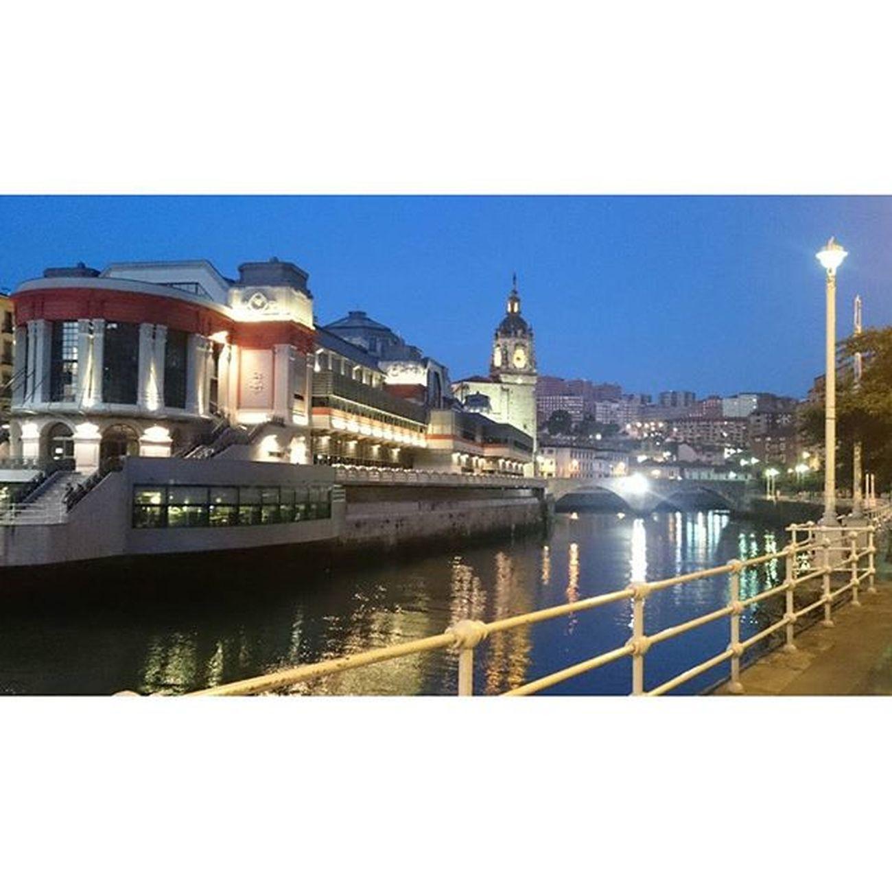 Martzana Verybilbao Bilbao Bilbaolovers Ilovebilbao Bilbaoclick Bilbaocentro Bilbaoarchitecture Euskadi Euskogram Euskadigrafias Paisvasco Summerweather Summer Sky All_shots Like4like Picoftheday Photooftheday