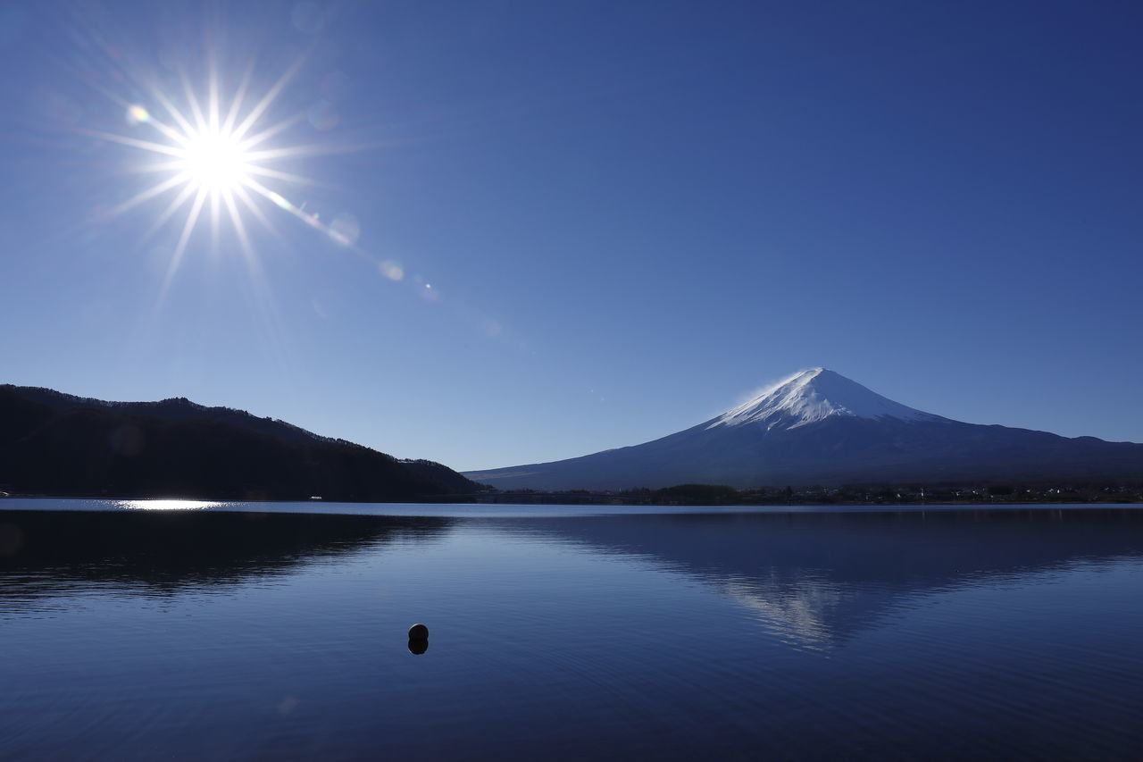 Beauty In Nature Blue Clear Sky Fujisan Japan Japan Photography Lake Lake View Landscape Landscape_Collection Landscape_photography Mountain Mountain Range Mt.Fuji Nature Nature_collection Outdoors Reflection Scenics Sky Sunbeam Sunlight Tranquility Water Water Reflections