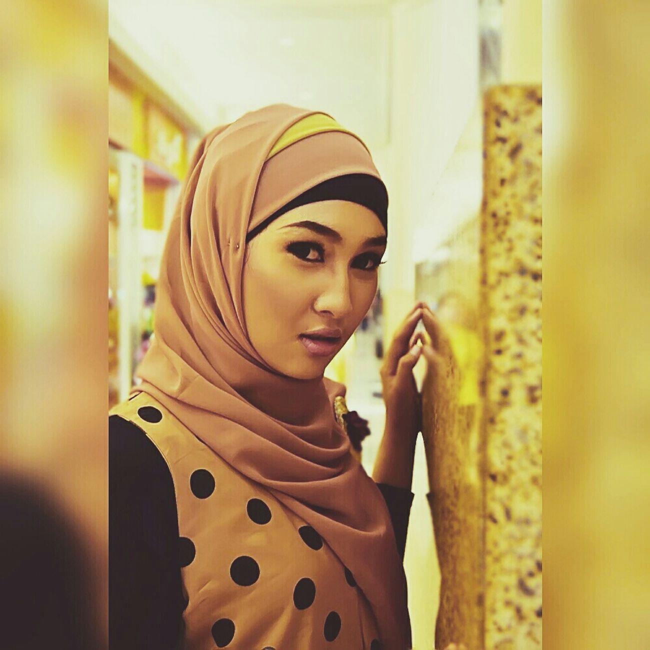Muslimahfashion Muslimstyle Hijabbeauty Hijabfashion Hijabstyle  Muslim Model Amodelssurabaya Www.amanagementsby.web.id   model: ghea   mua & hijab: adie a iskandar   casual ghea