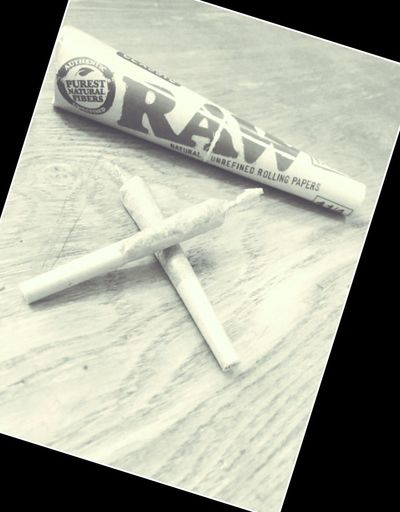 Weed Smoking Weed Raw Papers
