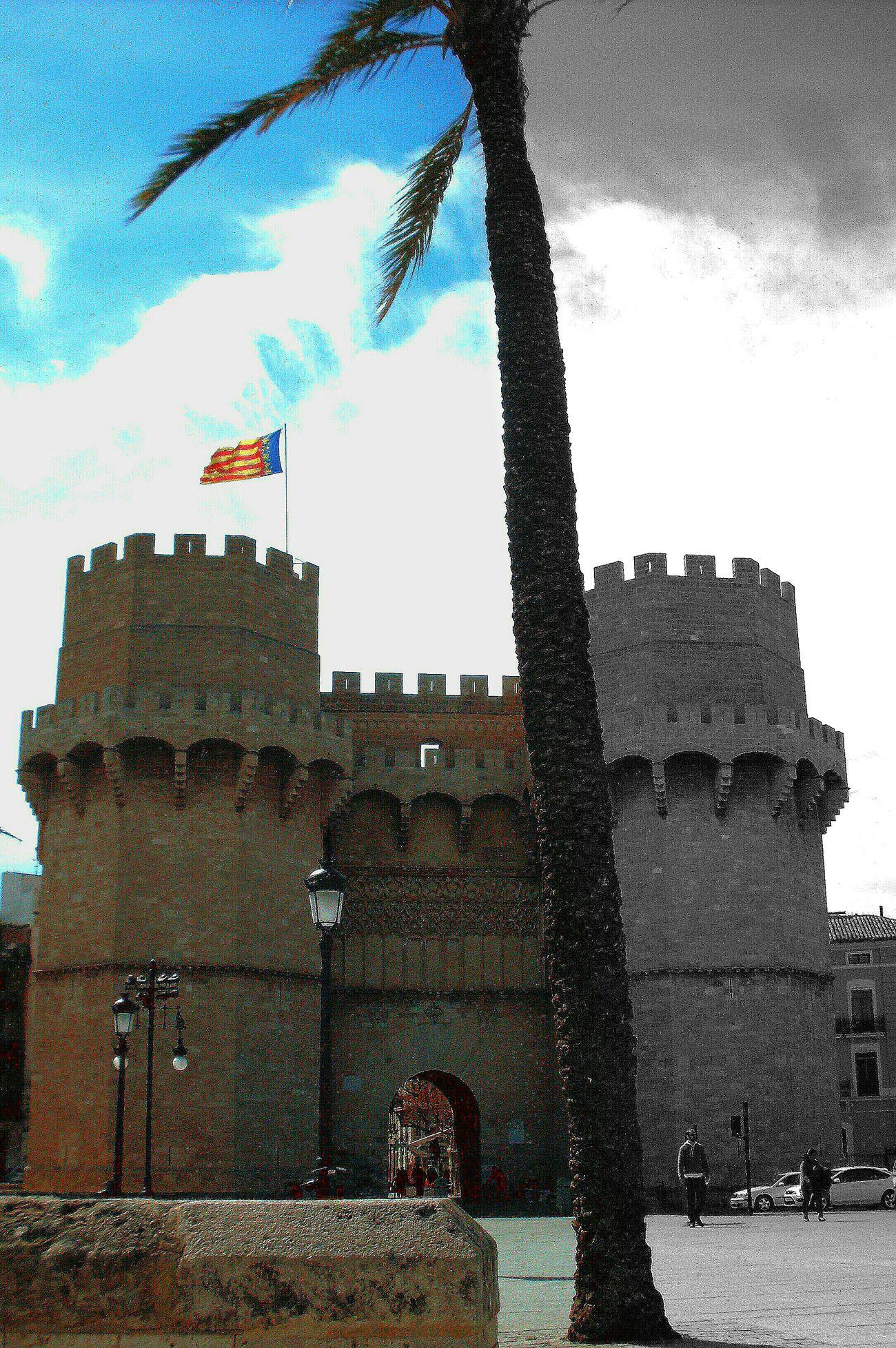 Valencia, Spain Castle Half And Half Palm Tree Flag Torres Torres De Serrano Torresdeserrano porta antiche mura