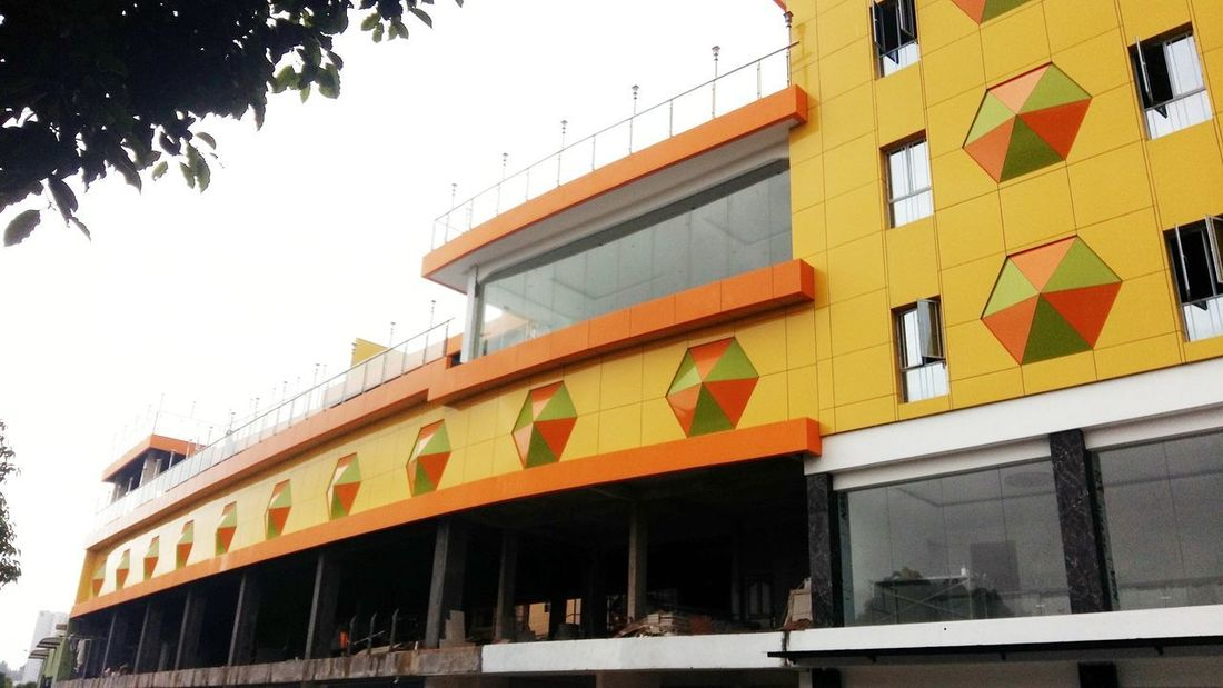 apartmen Building Exterior Architecture Built Structure Window Low Angle View Façade Awning Yellow No People Sky Outdoors