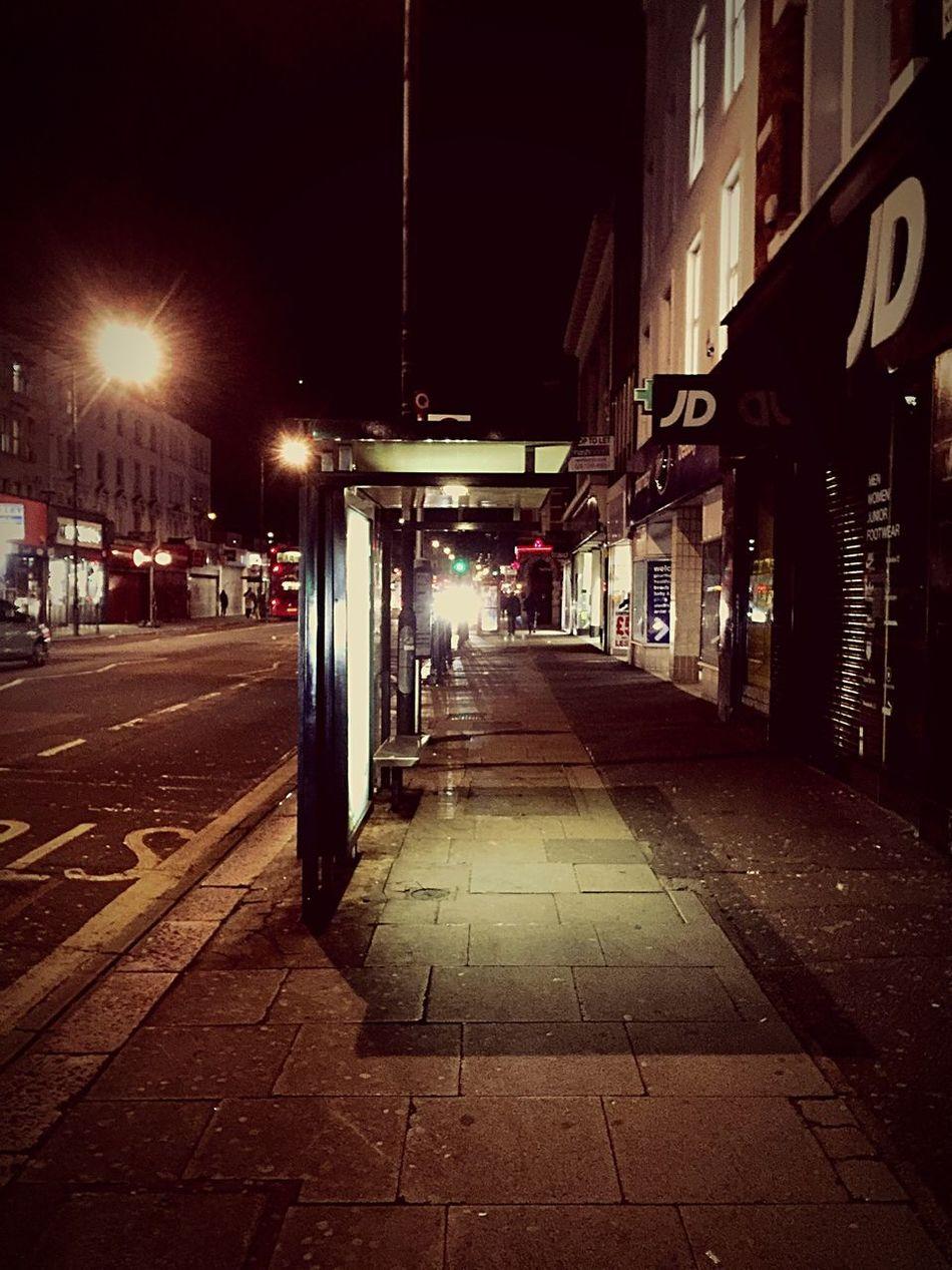 London kilburn streets Kilburn Londonstreets London Streetphotography Street Streetart Busstop JDsports LondonTransport Bus Stop Nopeople