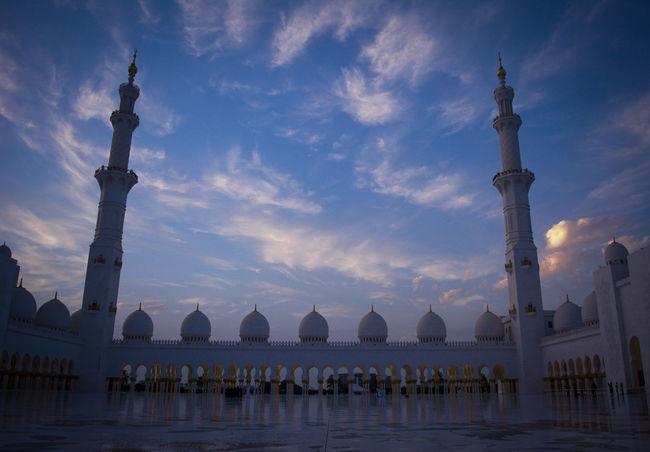 Abudhabi Dubai Sharjah UAE Shaikh Zayed Mosque Mosque Built Structure Buildings & Sky Building And Sky Sky Everyday Joy Hi! EyeEm Best Shots