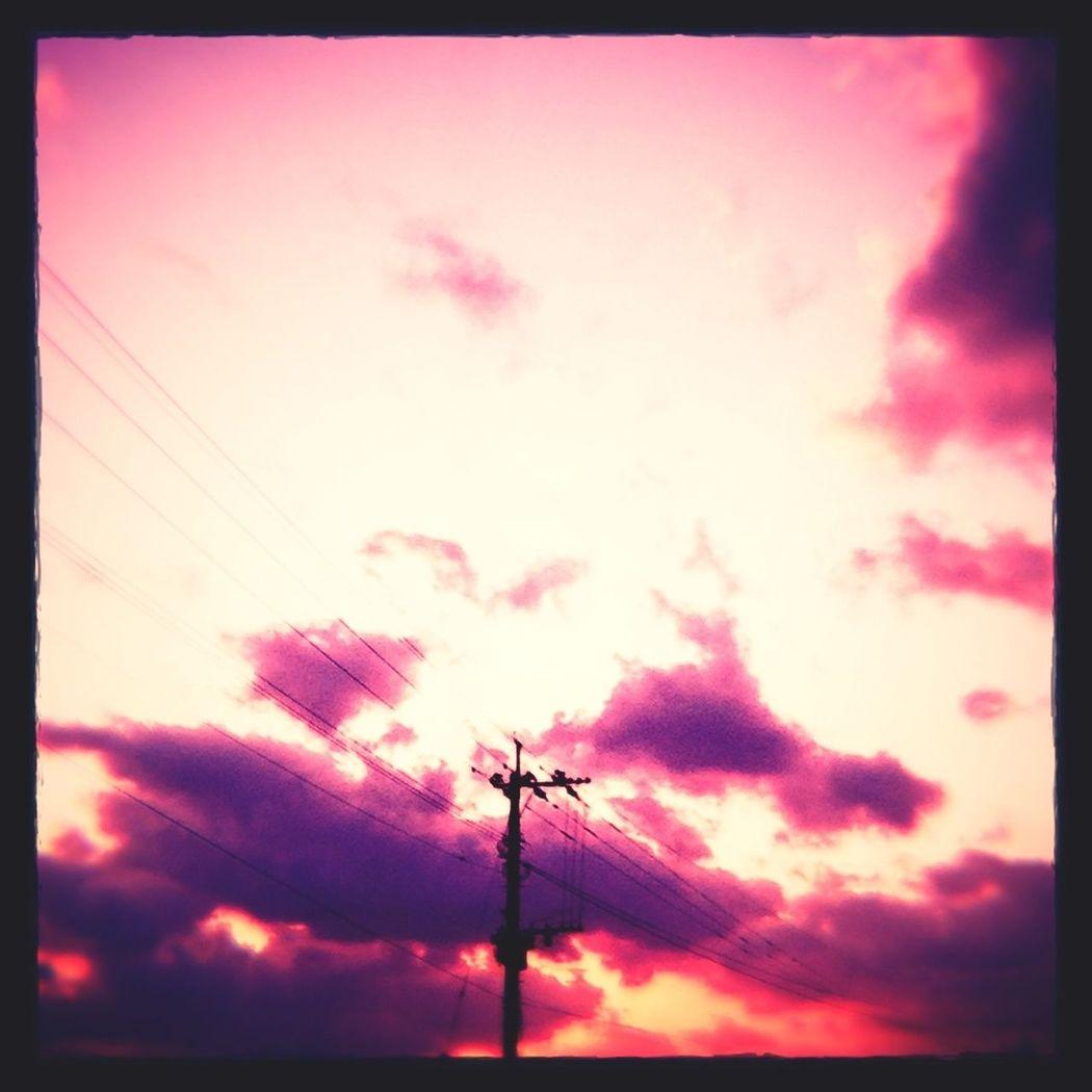 夕陽 空 雲 電信柱