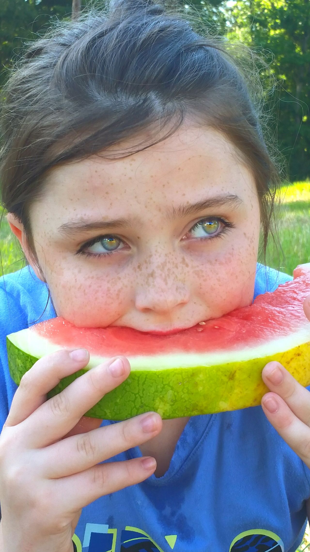 Watermelon Healthy Eating Front View Looking At Camera Portrait Summer Healthy Lifestyle Children Only Headshot One Person Smiling Child People Fruit Outdoors Eating Holding Leisure Activity Day Grass Eating Watermelon Slice Of Melon Summertime SLICE Food The Portraitist - 2017 EyeEm Awards Visual Feast Live For The Story Place Of Heart