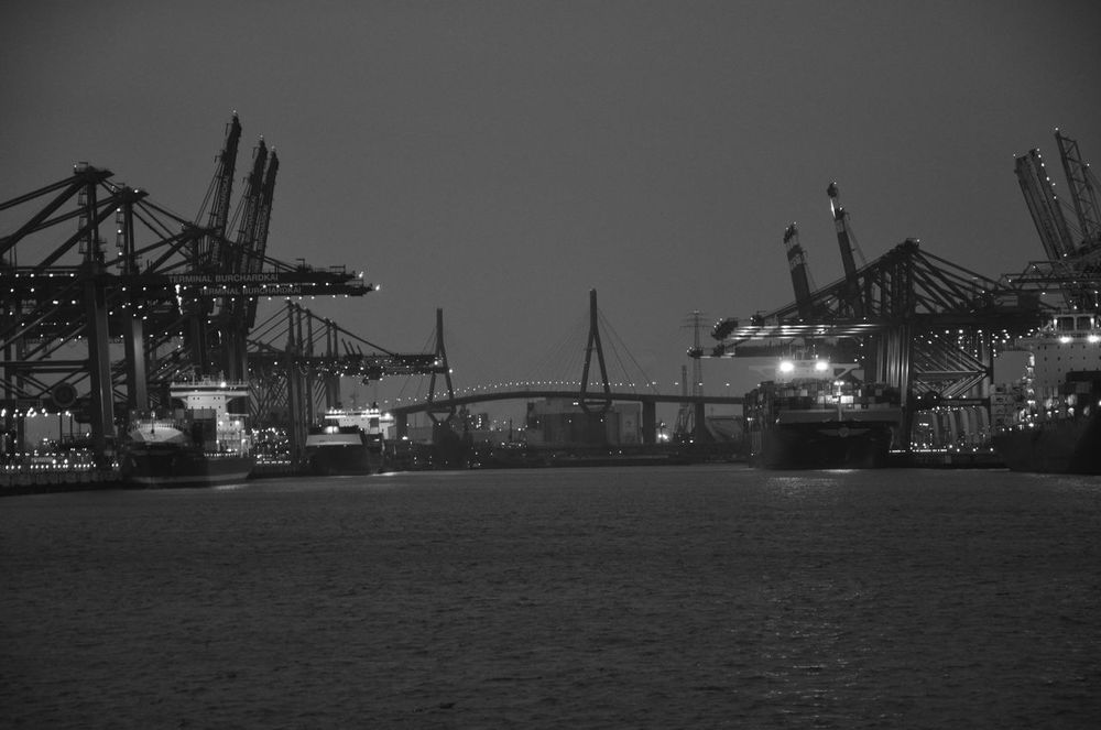 Ships in Darkness A7 Clear Sky Container Ship Container Terminal DSLR Freight Transportation Hafen Harbor Illuminated Industry Maritime Nacht Night Nikon No People Quay Cranes Schifffahrt Shipping  Ships Water Waterfront
