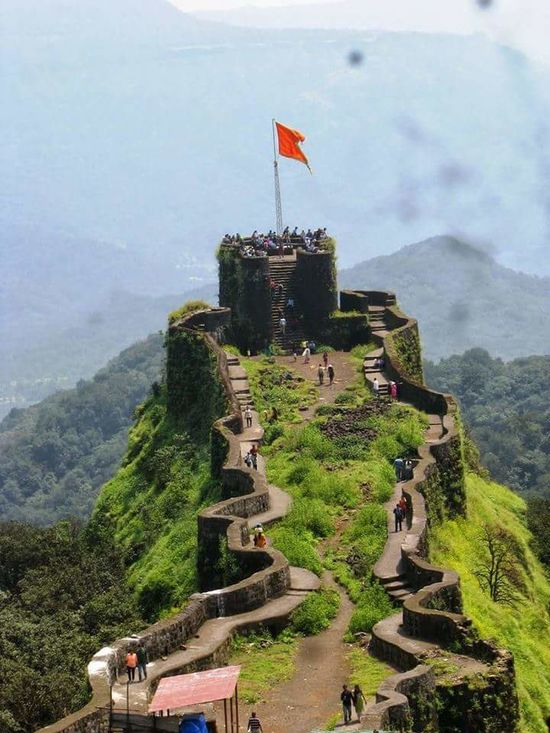 Old pic. Fort in pune.... Showcase May Fort Fortress Wall Forhill Hillclimb Hilltop Hillscape Old Fortress Taking Photos Eye4photography  EyeEmbestshots My Passion ❤ I Love It ❤ My Photography. ❤ Learningdaybyday Learn & Shoot: Simplicity Rural Exploration Learning Photography Catch The Moment Eyeemphotography EyeEm Gallery Njoy😍😘 Don't Forget To Smile Everyday Have A Nice Day♥ ...truly...urs... Nitin
