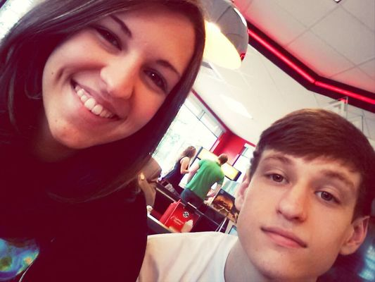 loving family at steak and shake by Emily Hagood