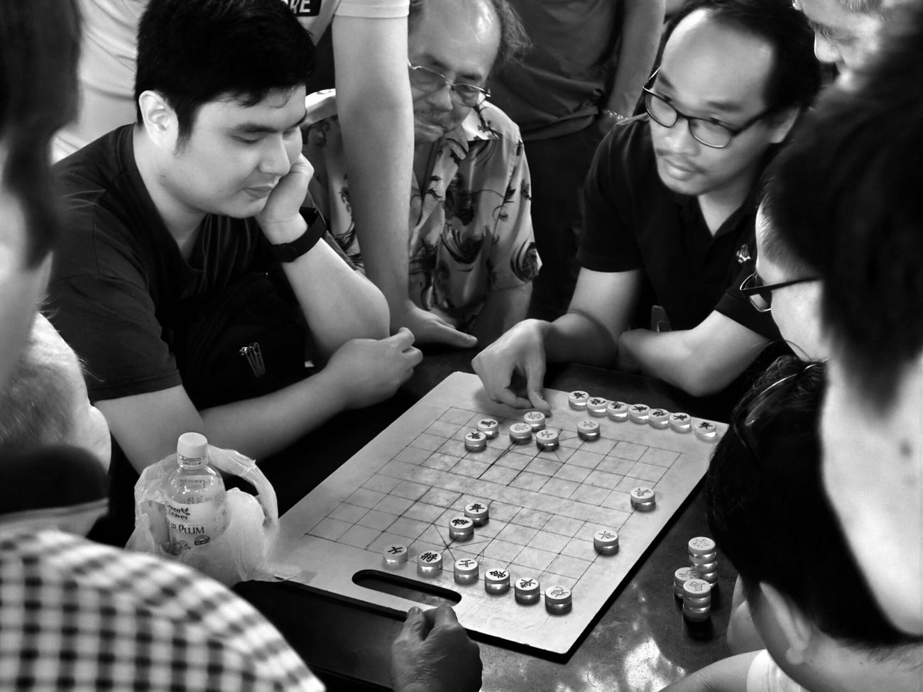 Checkers Monochrome Blackandwhite Black And White Black & White Streetphoto_bw Street Photography Streetphotography EyeEmChinatownPhotowalk