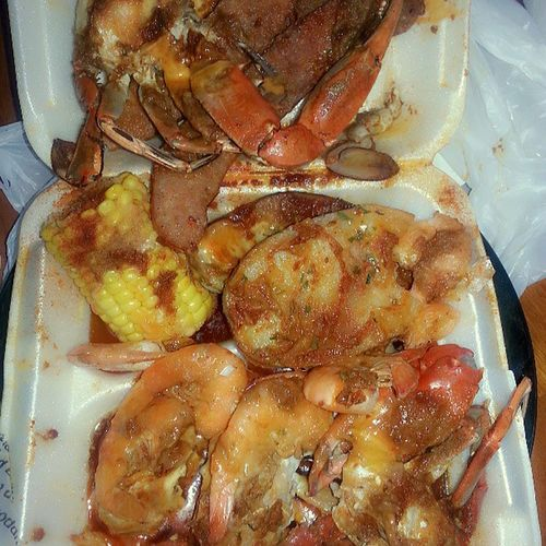 Yeah Boi!!! I'm goin in on this tray here this evening! SpicyGarlicCrabs Sausage Eggs Potatoes Shrimps Corn