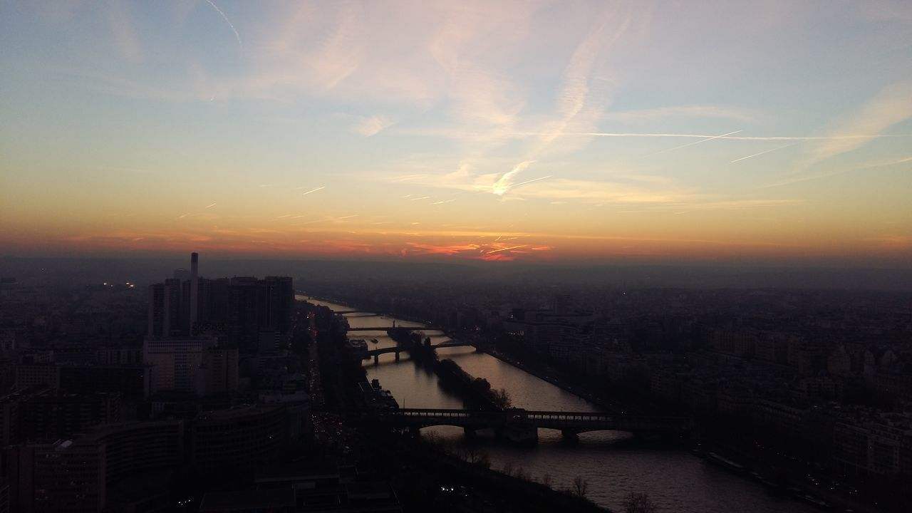 Coucher De Soleil Seine Ciel Sunset Seine River Sky Sonnenuntergang Himmel