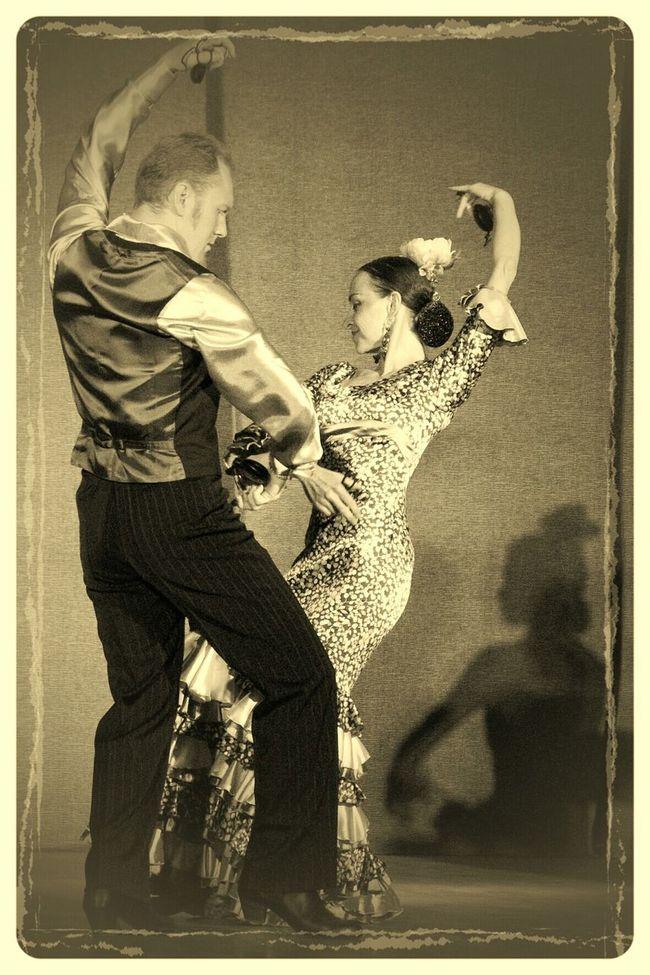 Flamenco Flamenco_dancers Flamencoderusia Flamenco_en_Rusia Flamenco_de_moscú Flamencodemoscu Baile Baile Flamenco Bailando Sevillanas Por Sevillanas Porsevillanas La_Compañía Compañía_de_Danza_Española Monochrome Sepia Dance фламенко фламенко_в_Москве фламенко_в_России танец