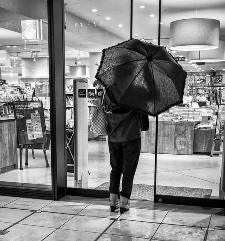 Opened Japan Japanese  Streetphotography Streetphoto_bw Monochrome Fashion Street Fashion People FujiX100T Umbrella