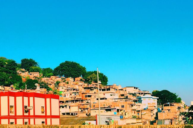 Architecture Blue Built Structure Building Exterior Clear Sky Copy Space House Crowded Town Day Outdoors No People Multi Colored Red High Section Favela Rio De Janeiro Eyeem Fotos Collection⛵ Suburbia VSCO IPhoneography City Life EyeEm Best Shots EyeEmBestPics TheWeekOnEyeEM