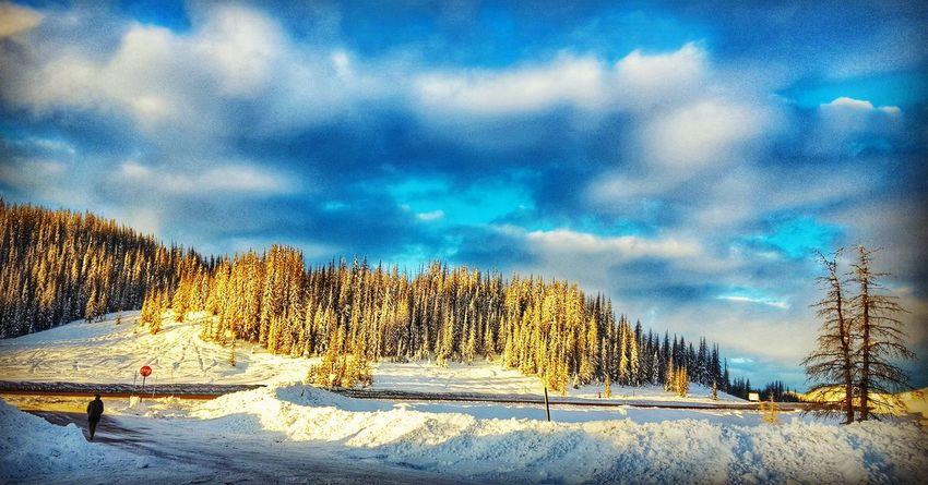Cloud - Sky Outdoors Beauty In Nature Sky Traveller Travelshots Sunrise