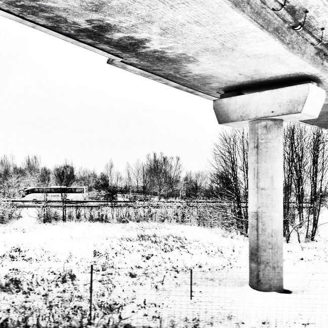 Underneath a bridge, en route to München Flughafen