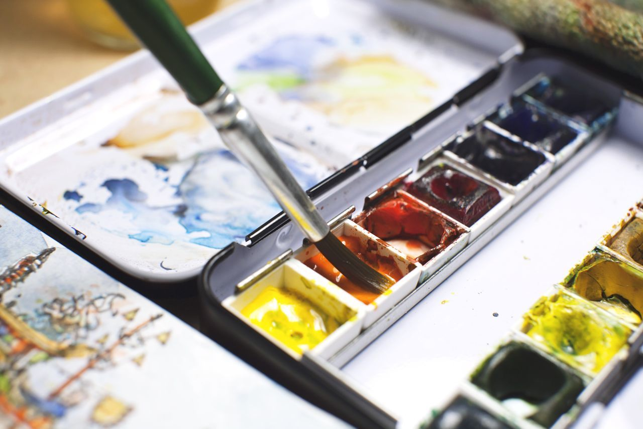 When I am not taking photographs, I do watercolor sketching. How about u? Close-up Indoors  Hobby Corner Edge Watercolor Watercolor Painting Sketch Sketchbook Sketching Urban Sketch Urbansketcher Record Storytelling Fun Art Interesting