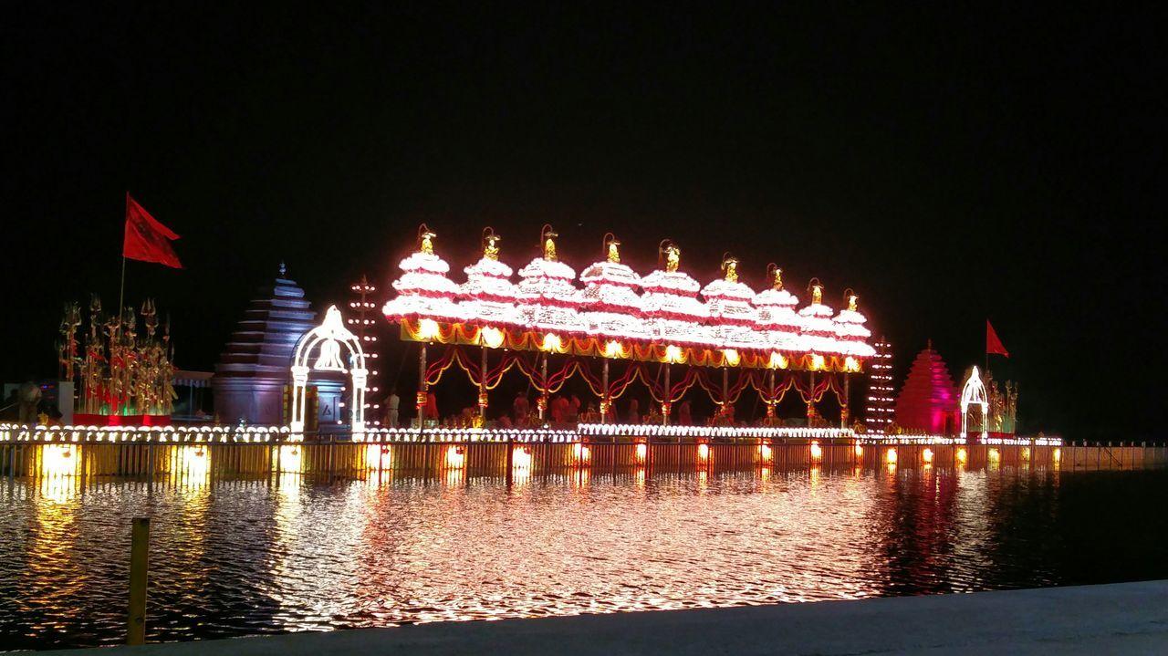 Lighten up.. Night Traditional Festival Water Reflection Illuminated Outdoors Cultures Pushkaralu Nightview Krishna River Vijayawada India Mobile Photography Oneplusphotography Oneplus2