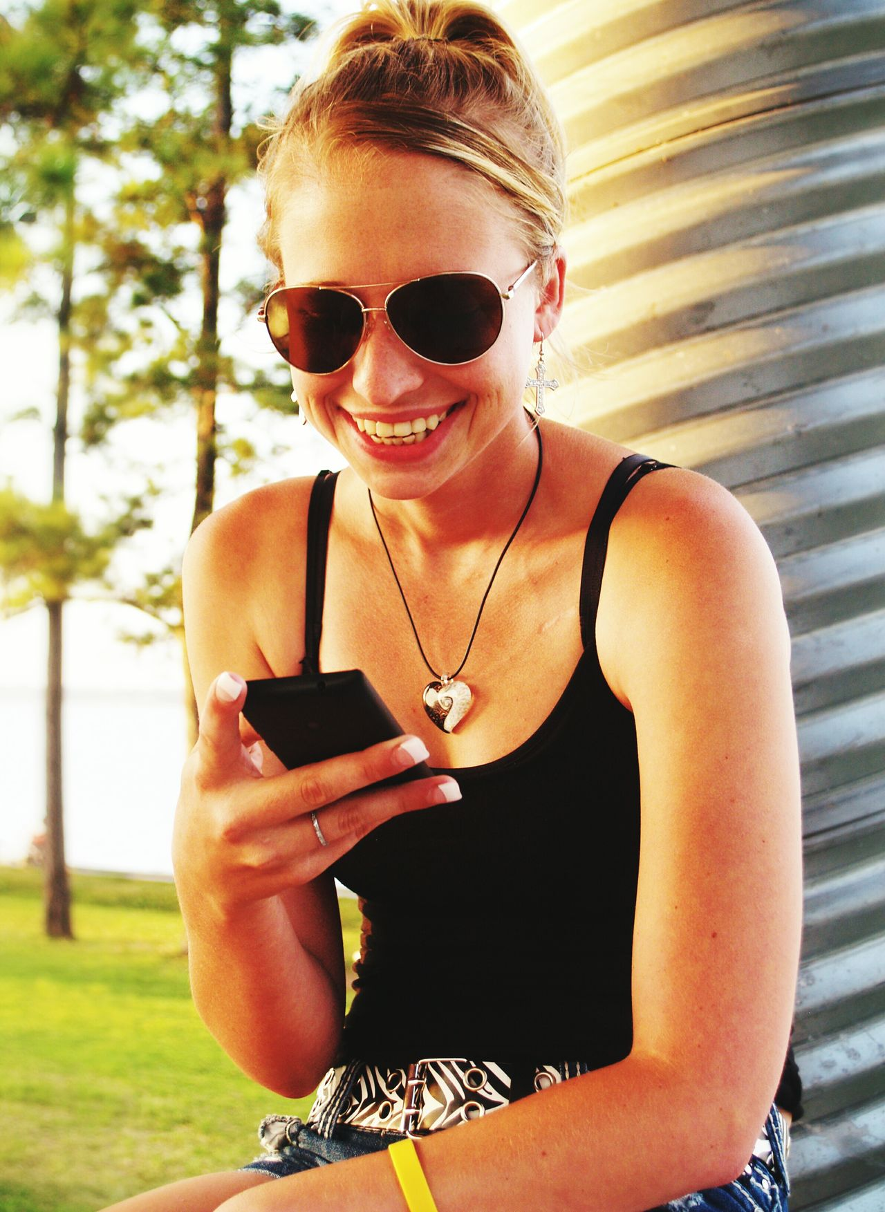 Beautiful stock photos of text message, 20-24 Years, Casual Clothing, Caucasian Ethnicity, Communication