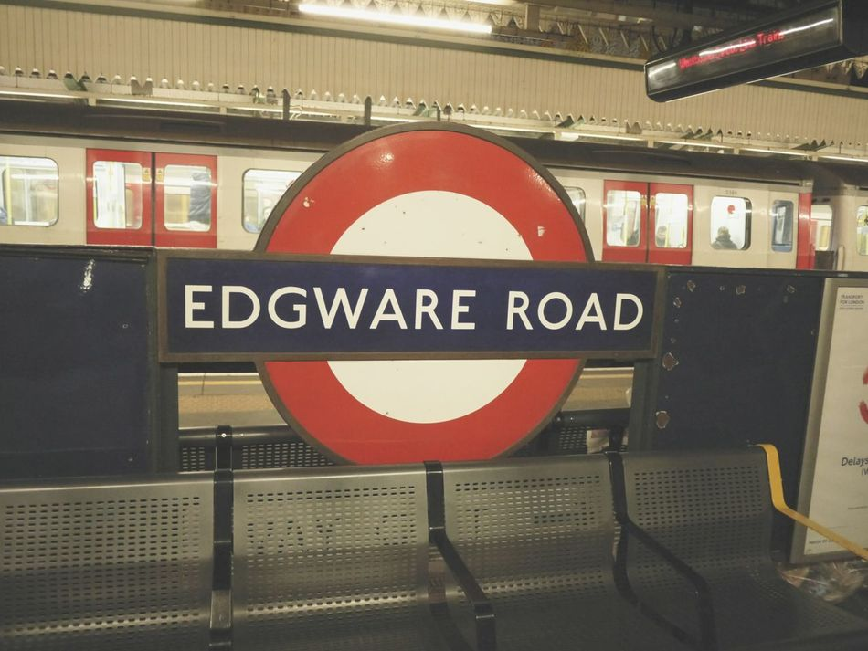 I came here for the first time 런던 London Edgware_road Tube First Eyeem Photo