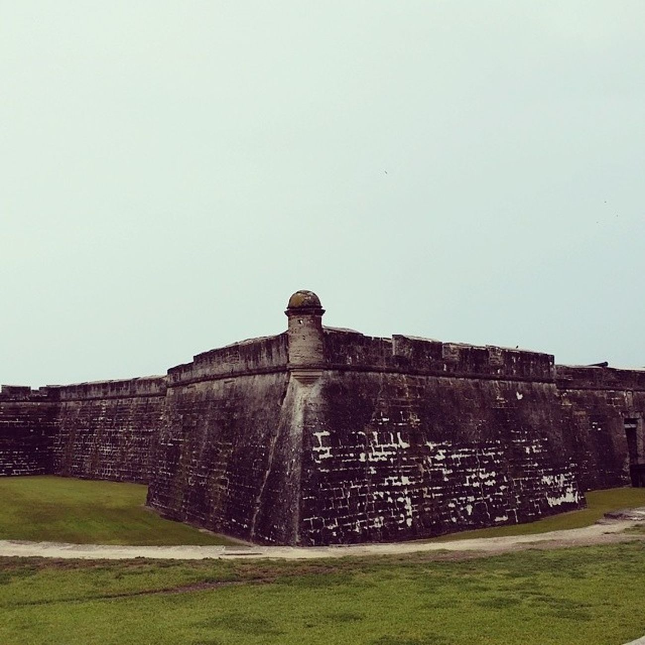 Then we went to Castillo De San Marcos. It rained the whole time but it was so much fun! I love learning new things and visiting historical sites. Staugustine Castillodesanmarcos Historybuff Adventuretrip