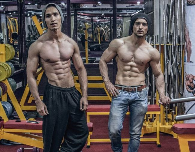 Shredded . Its always important to discuss your transformation with your Gym partner to see how things are going TIP Gympartner Guru Fitness FitnessFreak Bk SK  Motivation Gym Power Boys Ultimate Abs 6peck Hunks Azeem Quetta Pakistan Models
