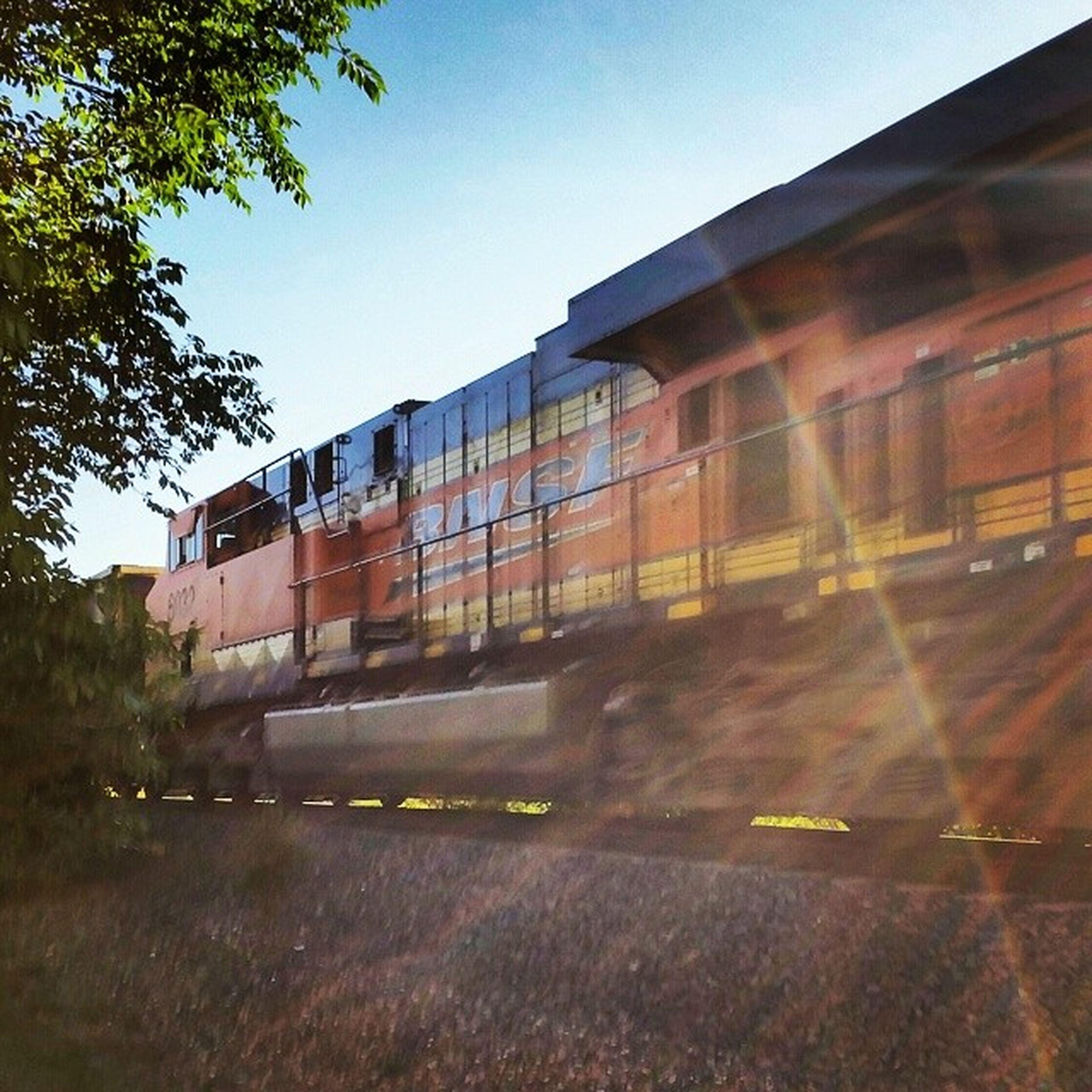 Colorado Express USA Colorado Colorado _ Springs Bluesky Trees Greenery Sunburst GOD _ RAYS Train Coors_Train