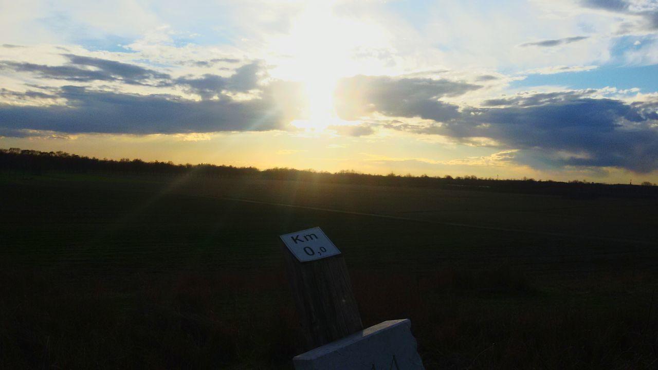 Start! Sun Sunset Sunlight Light Luce Sky Cielo Blue Blue Sky Cloud - Sky Nature Cloud Cloudy Clouds Km 00 EyEmNewHere EmNewHere