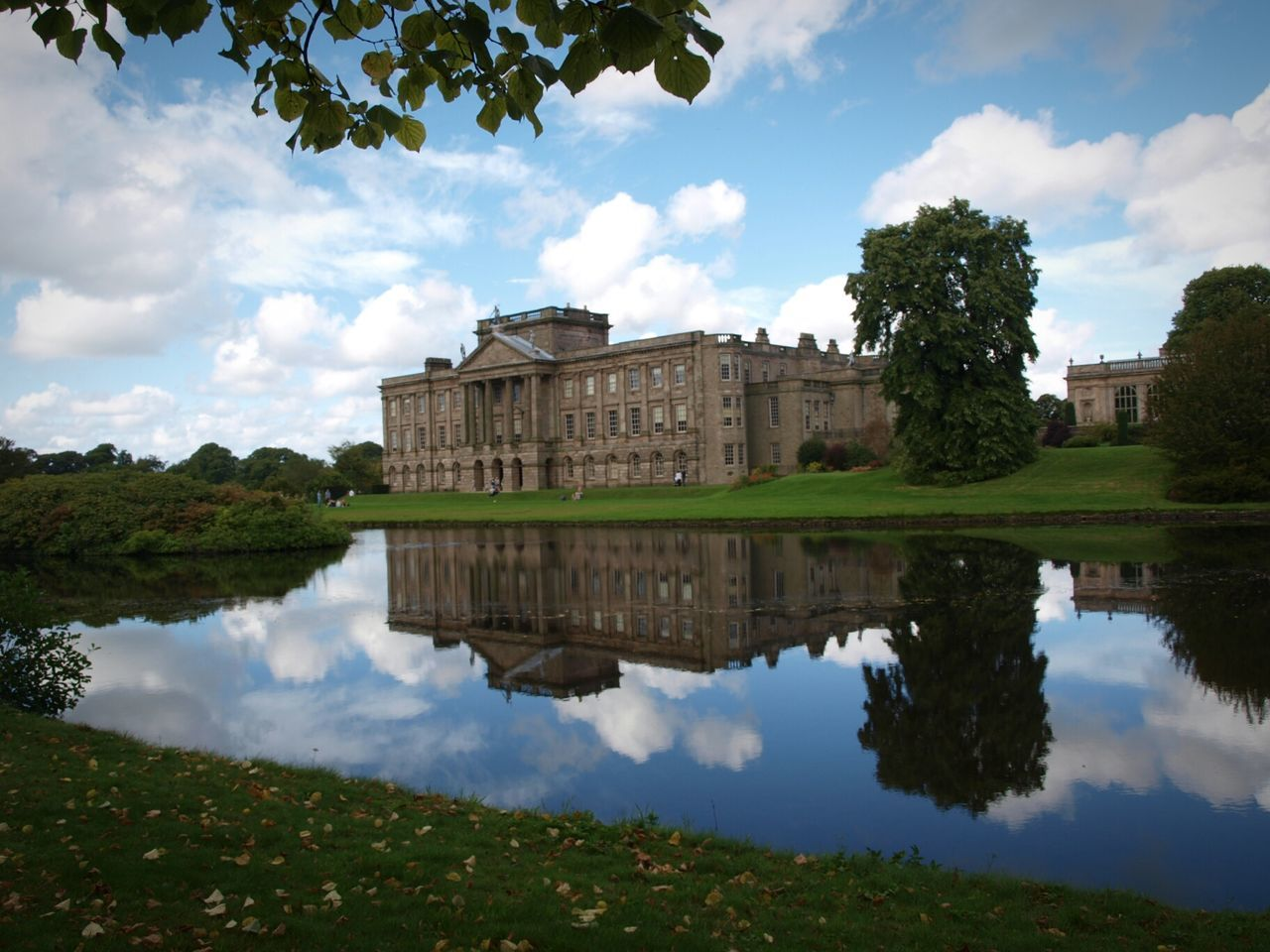 Architecture Building Exterior Lake Water Reflection Sky Tree Historical Building Architecture House Reflections Impressive Locations Gardens Still Water Famous Place Lyme Park Cheshire