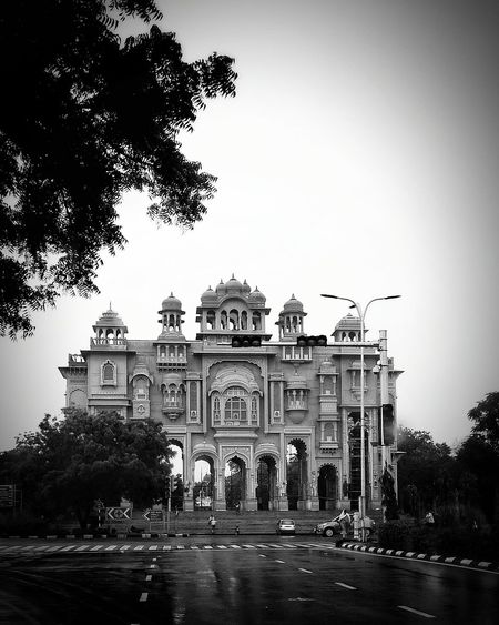 Jaipur Rajasthan India Architecture Built Structure Building Exterior The Way Forward History Façade Monument No People Mobilephotography Mobile Photography Outdoors On A Rainy Day Incredible India Incredibleindia