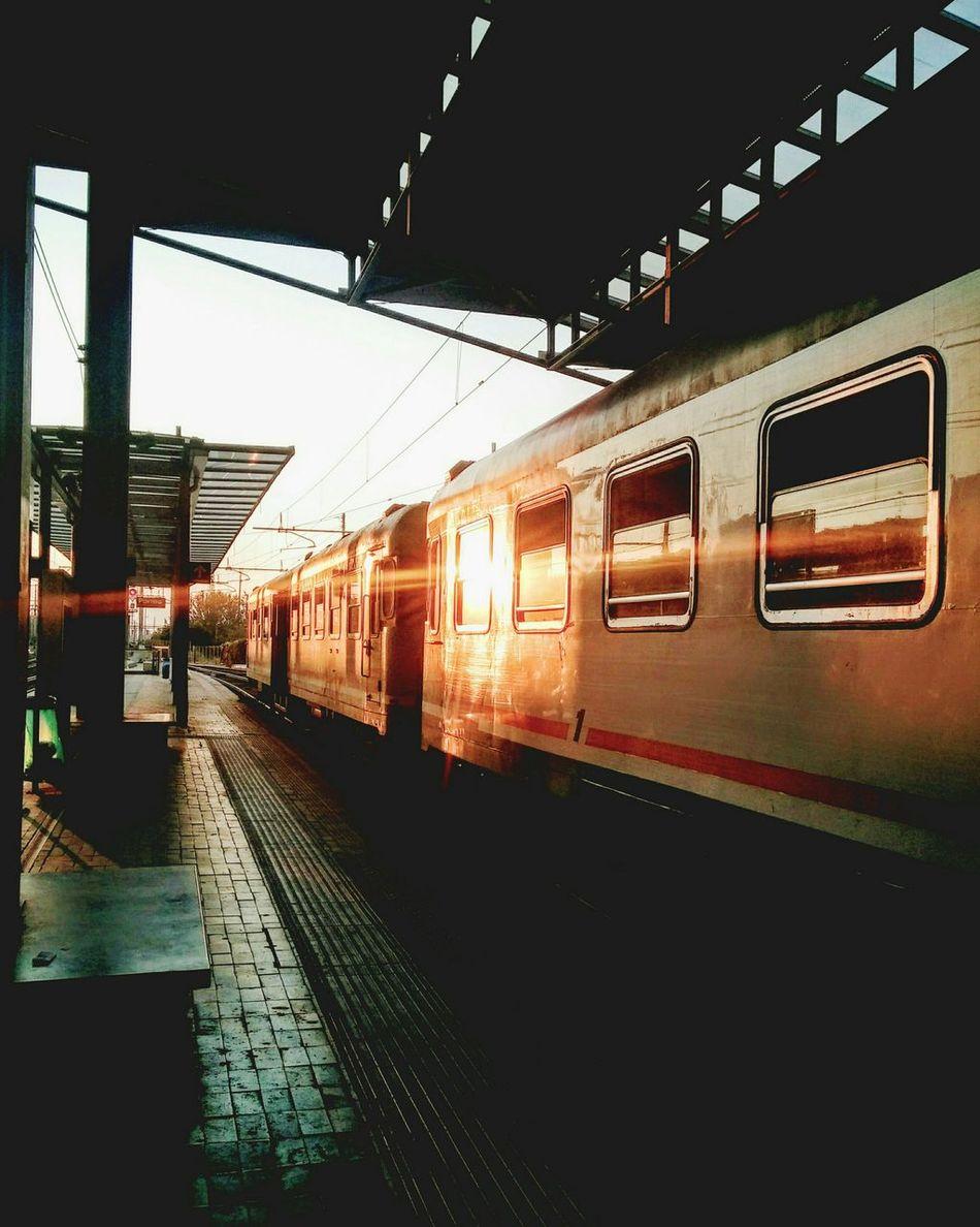 Public Transportation ByTheWay Treno Sunset Tramonto Train