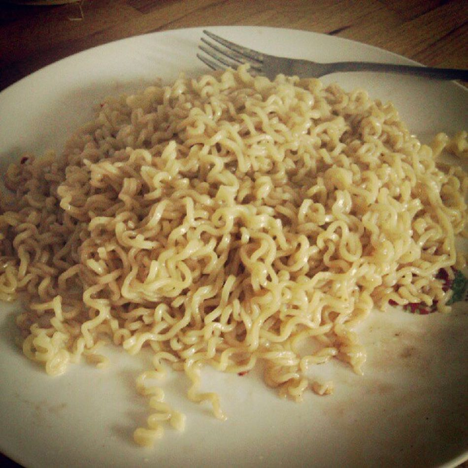 Noodles in the morning! Soasian Pancitcanton Chilimansi