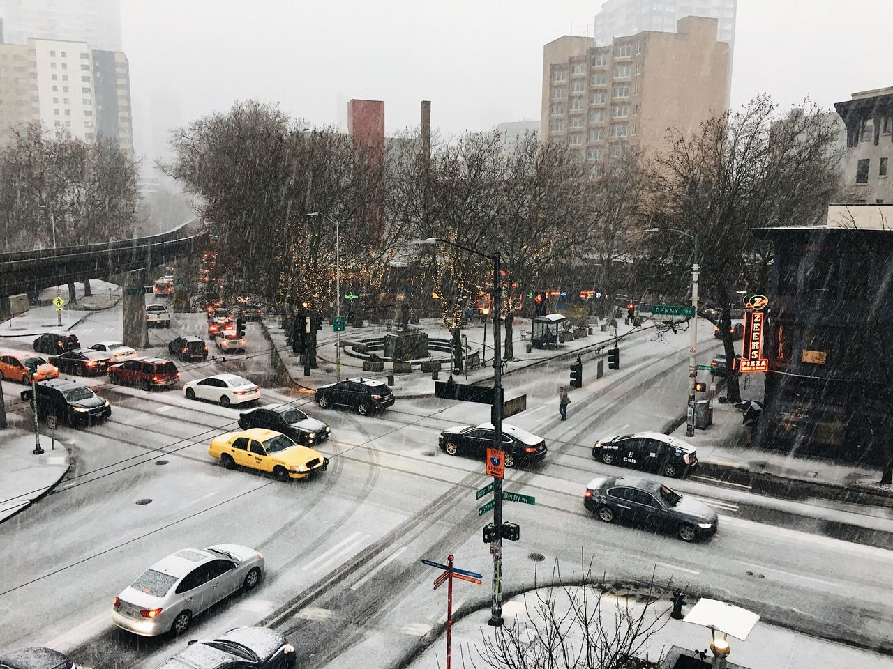 today's snowpocalypse scene. i like a good weather event. Seattle