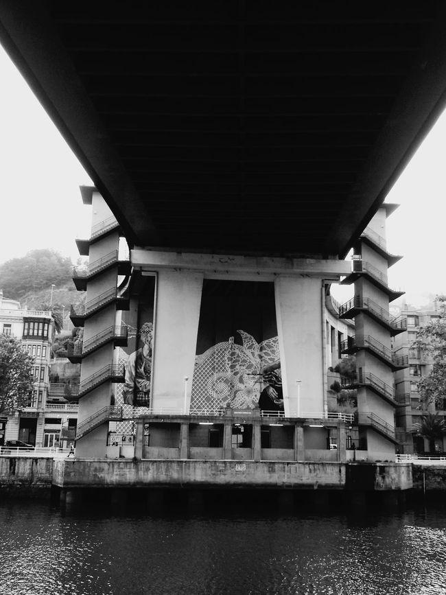 Walking Around Bilbaolovers Sight