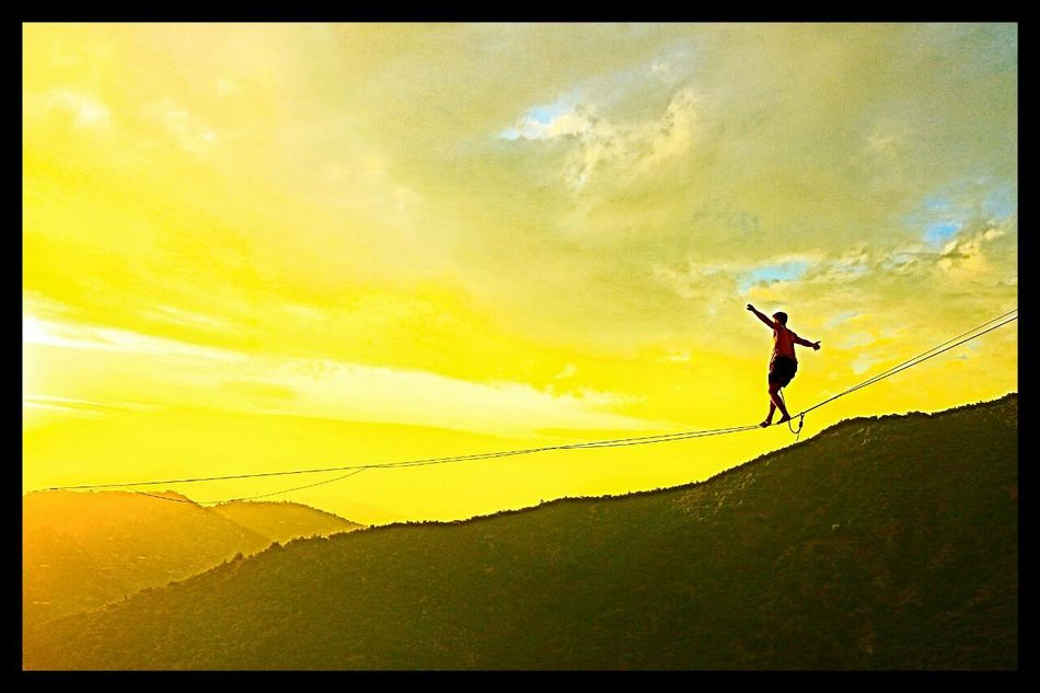 43 Golden Moments Slackline, Highline, Caminando hacia la felicidad. Slackline Slacklife Highline Caminando Hacia La Felicidad Longline NicoAi Bosque Magico Slaker Slackvida Colour Of Life The Color Of Sport