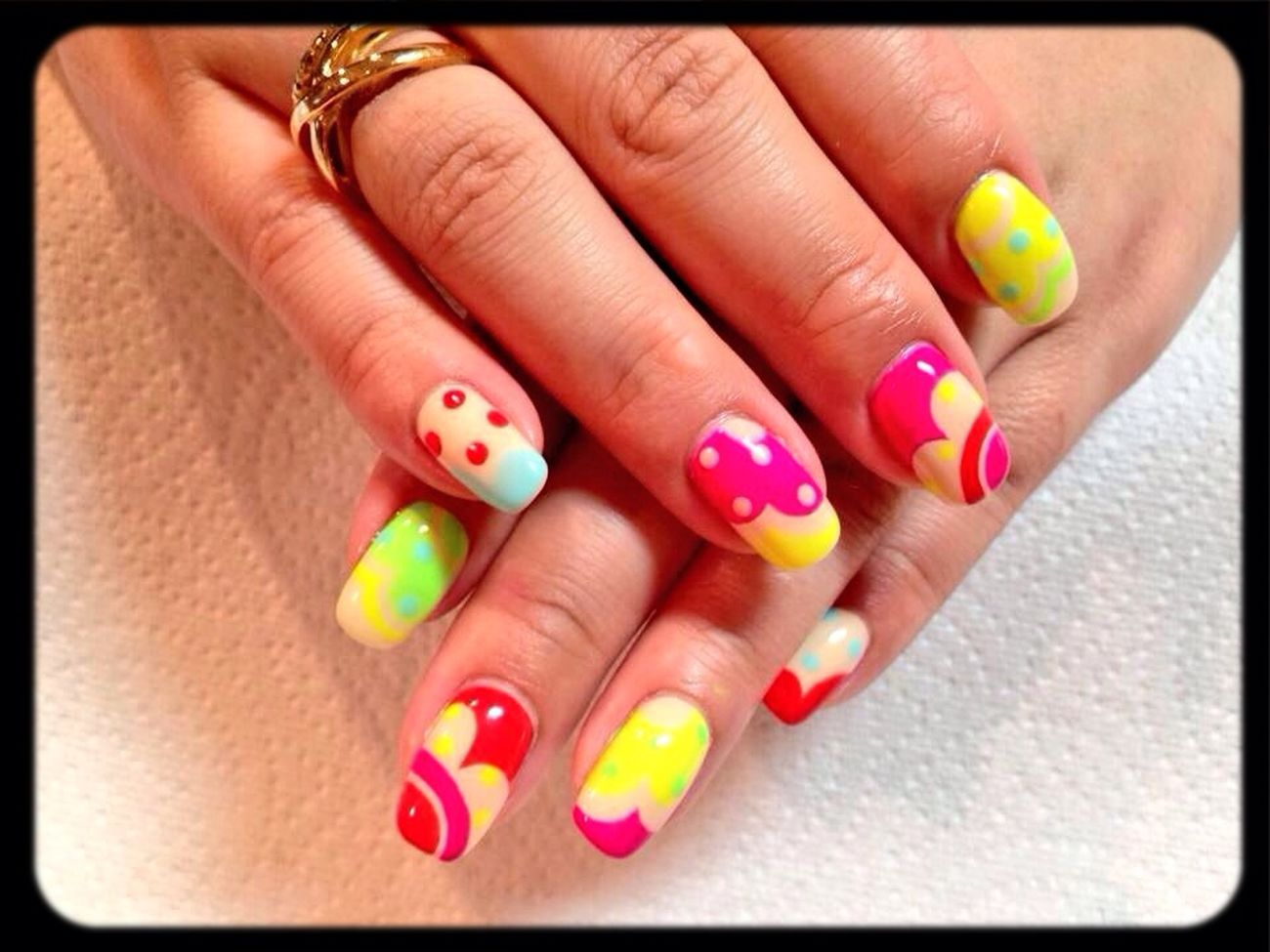 Enjoying Life Nail Art ♡