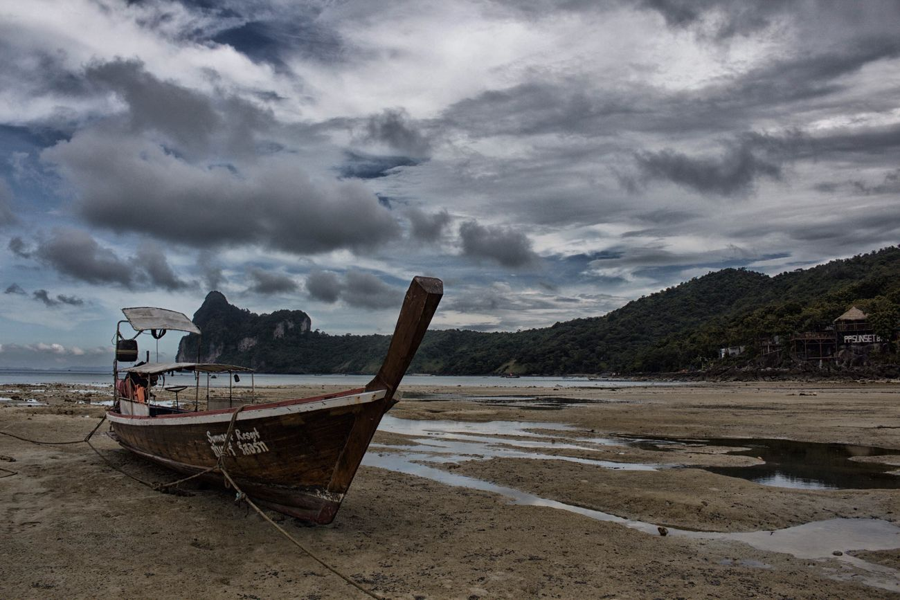 Low tide. Thailand Koh Phi Phi Island Wanderlust Low Tide Nik Collection Canonphotography Beachphotography Island Life