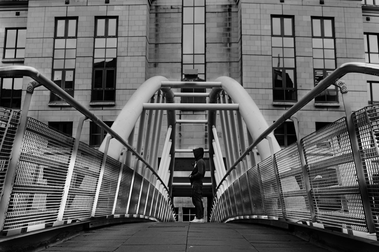 An Architects vision of symmetry... Shame I didn't quite line it up proper ☺ Streetphoto_bw Blackandwhite Black And White Monochrome