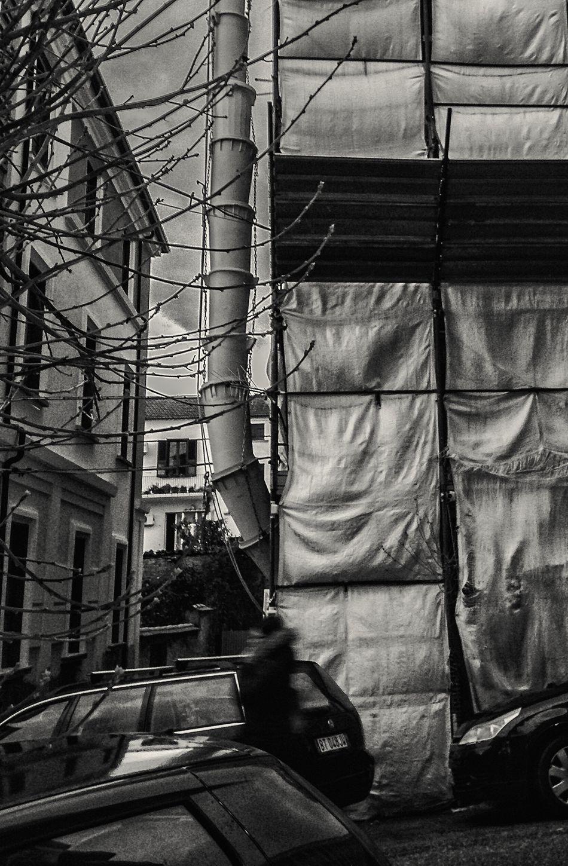 Streetphoto_bw Street Photography Urban Landscape Urbanphotography City Life IPhoneography Urban Structures Urbanstrangers Blackandwhite Noir Et Blanc Schwarzweiß Blancoynegro Biancoenero Italy Cosenza People People Photography