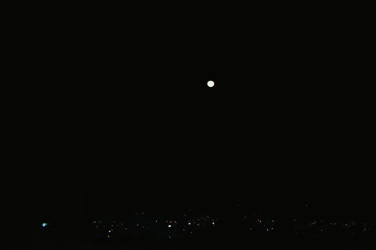 Luna Llena Night Space Quito Ecuador
