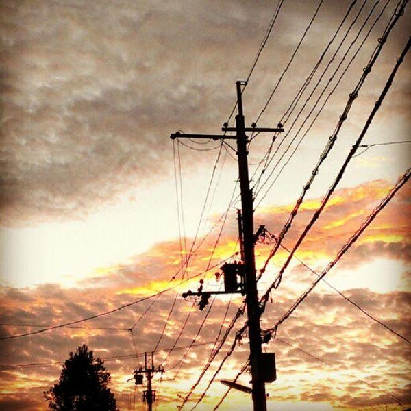 #magichour #sunset #sky #cloud #electricline #Kyoto #Japan Sunset Sky Kyoto Cloud Japan Magichour Electricline