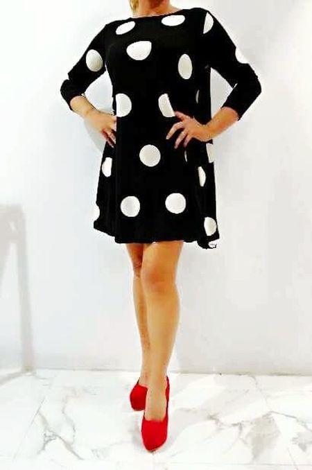 Muero de amor con este vestido👗😍 Moda Shopping ♡ Lunares Blanckandwhite ILove ❤