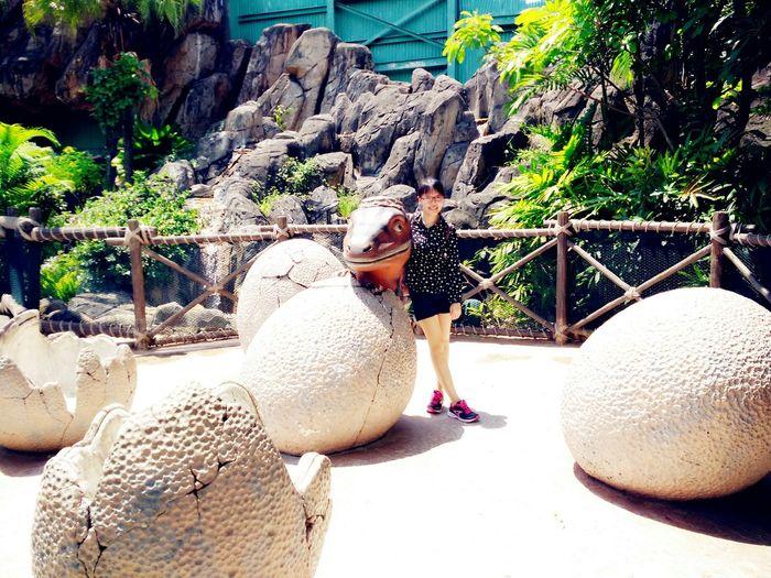 The lost world Singapore Universalstudiosingapore Uss♡♥♡ツ Uss Singapore TheLostWorld Sunnyday☀️ LoversDay Dinasour Dinasouregg