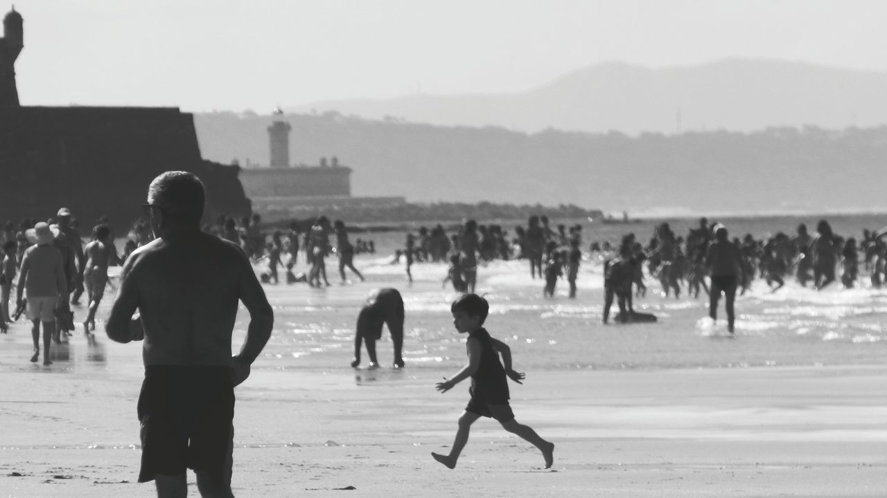 Beach Large Group Of People Vacations Sand People Outdoors Wave Day Silhouette Monochrome _ Collection Monochrome Photograhy Black And White Collection  Vacations Black And White Collection  Black & White Monochrome