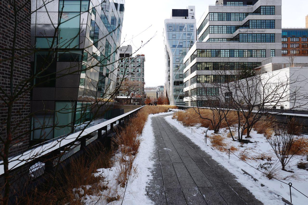High Line, Jan. 2017 High Line Highline Park Chelsea Manhattan NYC City Architecture Urban Landscape Urban Geometry Snow Winter Leicaq LEICA Q