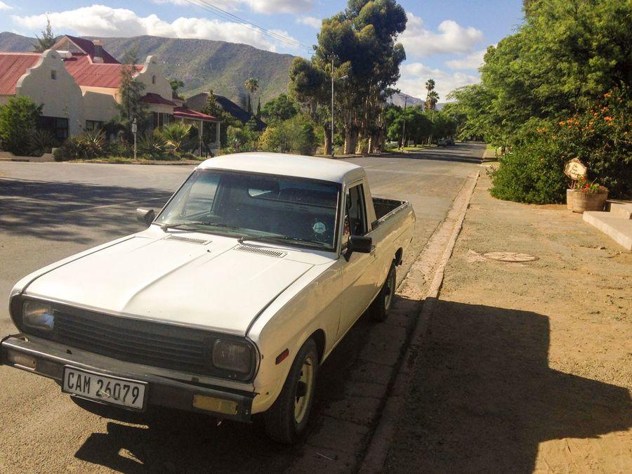 Sunlight Karoolife Karooheartland Karoospaces South Africa Bakkie Oldschool Vintage Vintage Cars Retro Rush hour in the Karoo :)