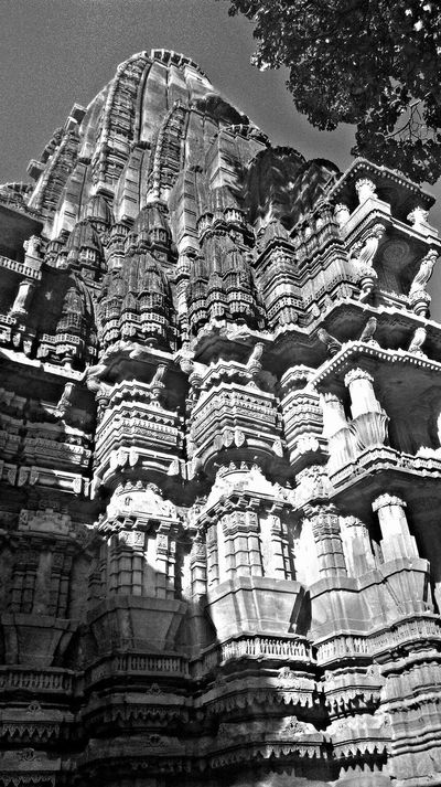 The work of indian architecture of olden times always amaze me. The intricacy of their work is so much mesmerizing. Sadly this kind artistry is dying nowadays. Details Intricate Intricatedetails Intricate Architectural Detail A Piece Of Art Truely Amazing Artistry Check This Out Historic Building Temple Ruins Of A Temple Temple Ruins Cultural Heritage EyeEm Best Shots - Black + White Eyeem Market EyeEm Market © Black And White Check This Out Black And White Photography Blackandwhite EyeEm Gallery Sculpture Heritage Heritagebeauty