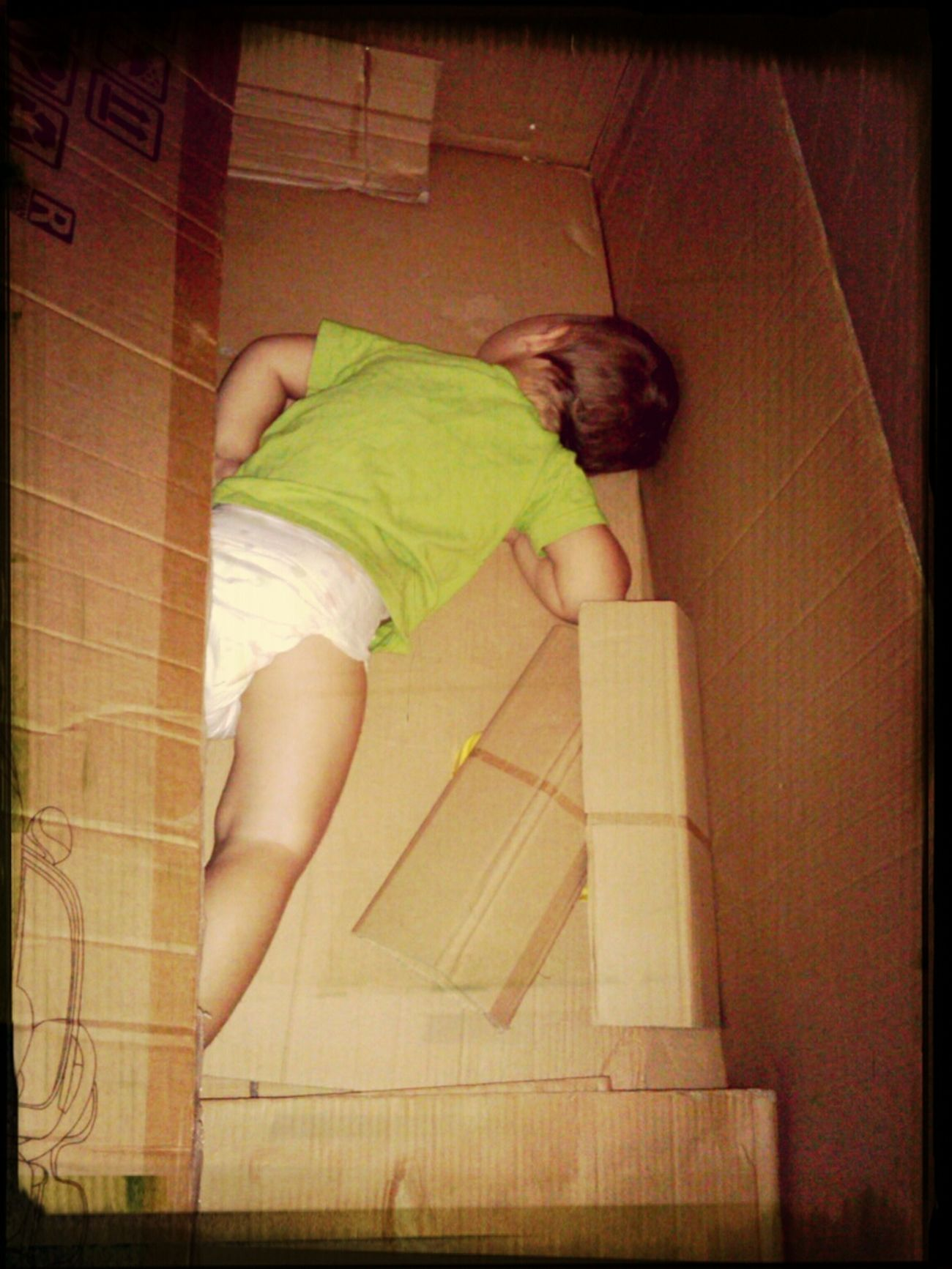 Cute Baby Sleeping Baby  Box Baby Sitting made easy