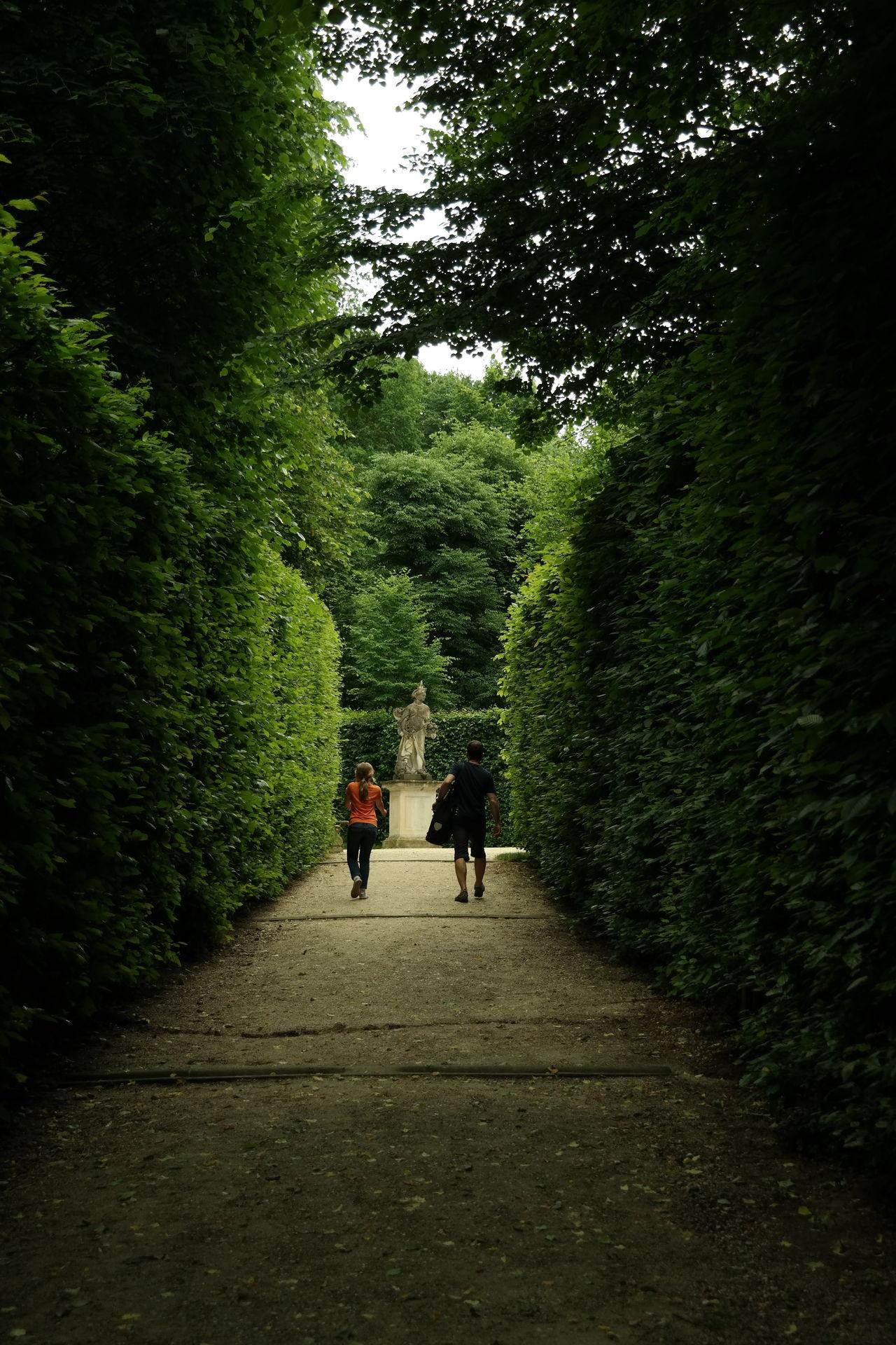 Dresden - Barock Statt Beton Dresden Dresden♡ Barock Barockgarten Großsedlitz Grün Walking Vater Und Tochter
